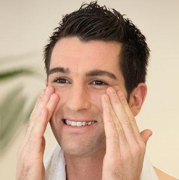 Adapter ses soins hommes à son type de peau