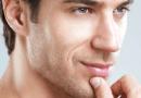 5 façons pour lutter contre l'acné masculine