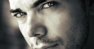 Nos solutions contre l'acné masculine